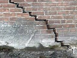Cracks Damp and Storm Water - Heavy cracks can cause a house to collapse